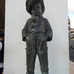 マドロス少年の像