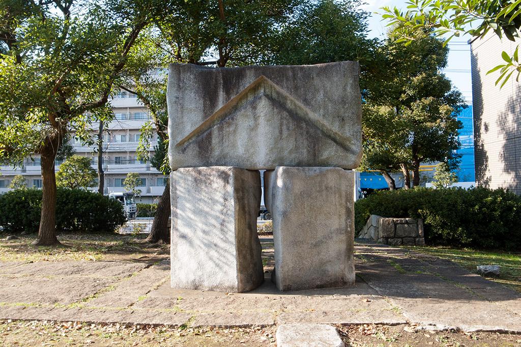 http://at-art.jp/wp-content/uploads/2015/12/nakahara_gate2.jpg