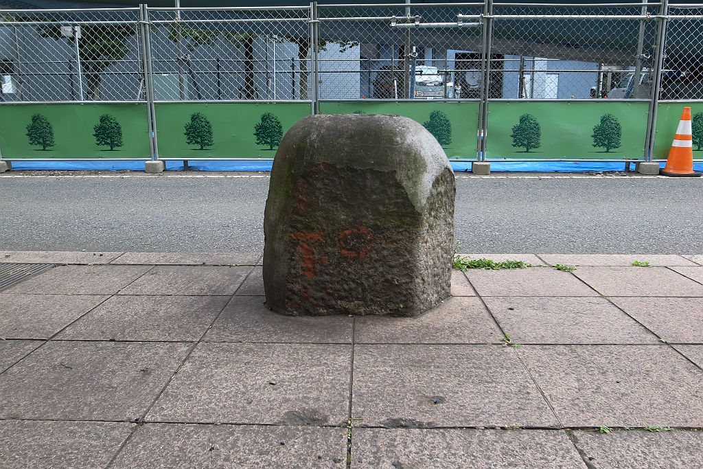 http://at-art.jp/wp-content/uploads/2015/12/portside_bollard2.jpg