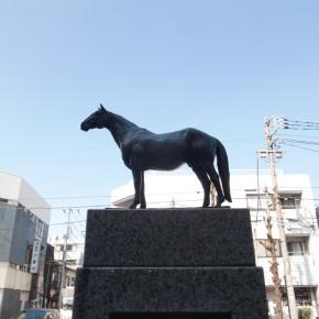 池田勇八 / トウヌルソル号 目黒元競馬場跡銅像