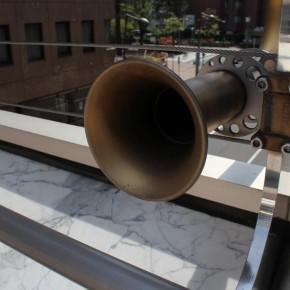 牛島達治 / 古典的な交信機器、伝声管